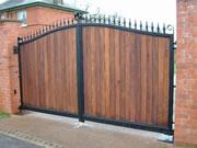 Richmond wooden driveway gate